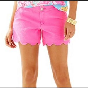 Preowned Lilly Pulitzer Buttercup Short  Size:0